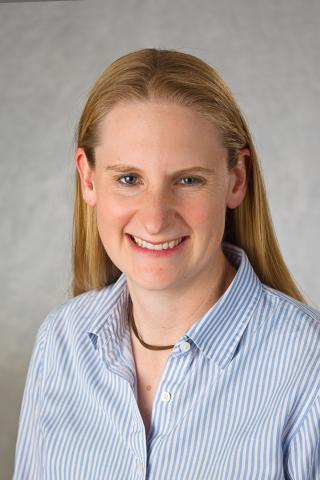 Dr Amy Lawyer